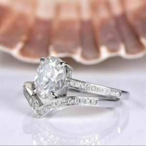 2.60 Ctw Solitaire Oval Cut Diamond Engagement Ring Curved Wedding Band 14k White Gold Over