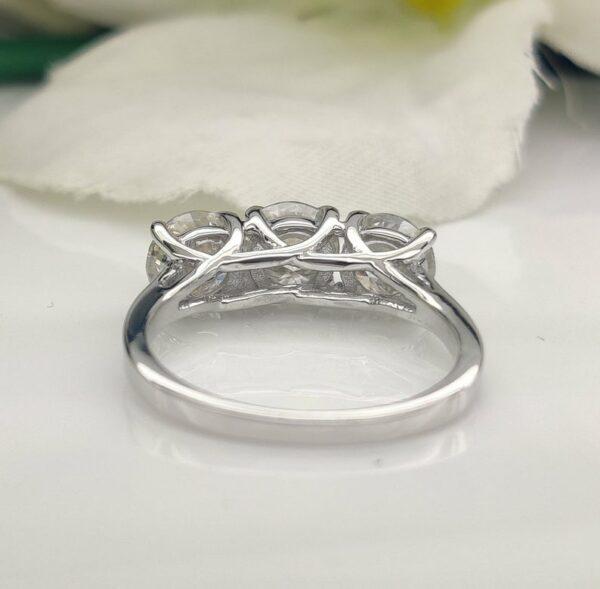 2.60 ctw Solitaire 3-Stone Brilliant Cut Diamond Wedding Engagement Ring 14k White Gold