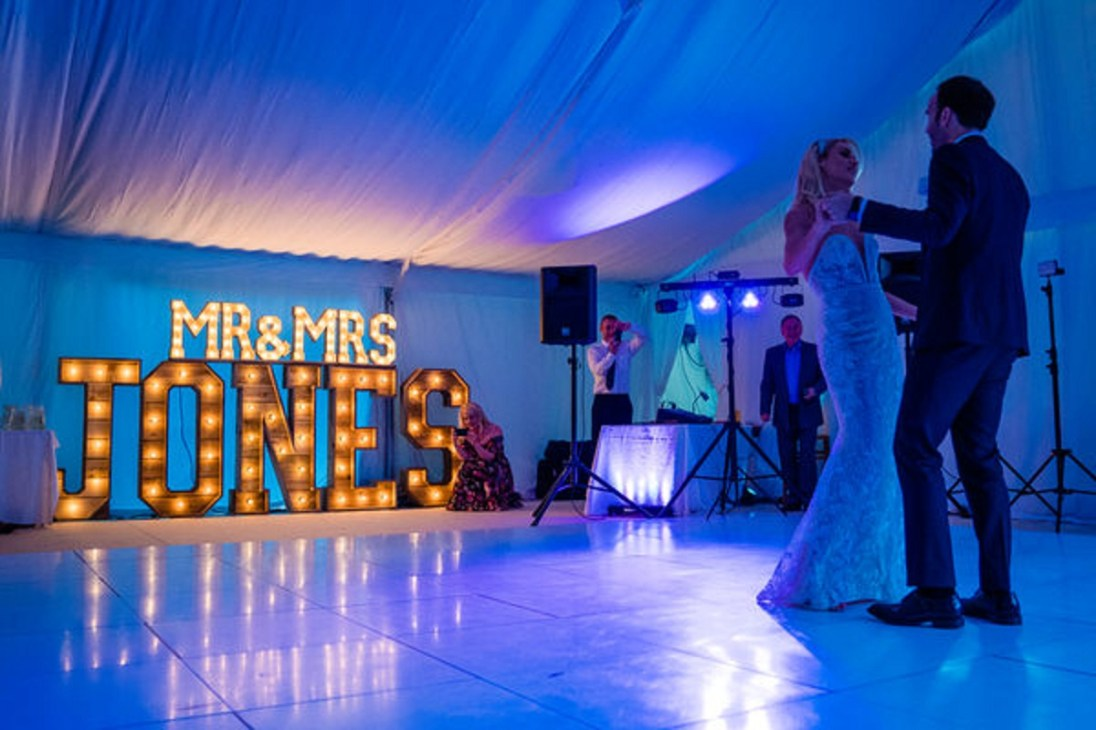 A Summer Wedding at Gilpin Lake House (c) James Tracey Photography (50)