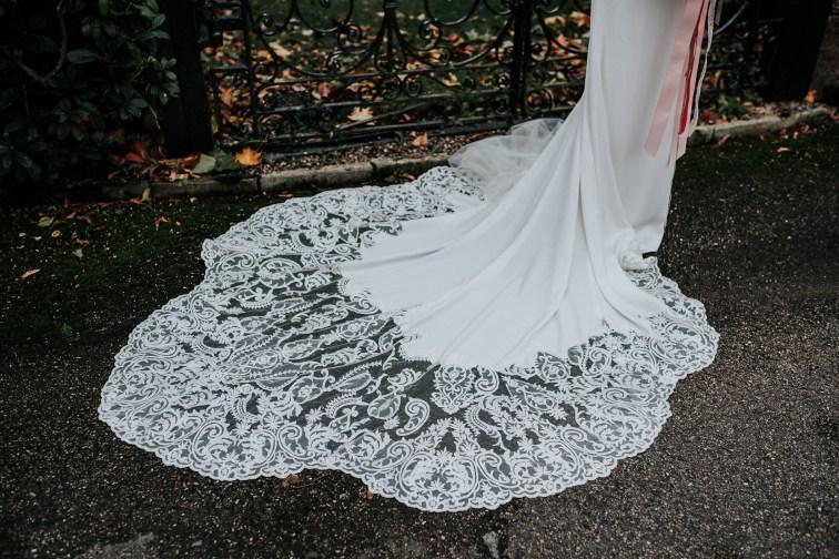 A Styled Bridal Shoot at Gawsworth Hall (c) Jenny Appleton (23)