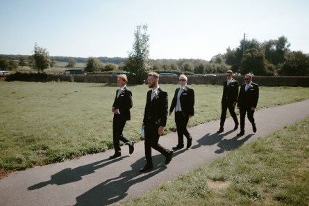 A Stylish Wedding at Hazel Gap Barn (c) Ruth Atkinson (1)