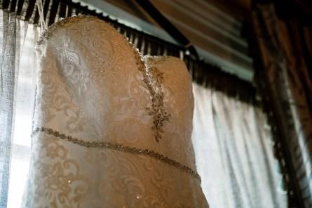A Pretty Autumn Wedding at Saltmarshe Hall (c) Hayley Baxter (7)