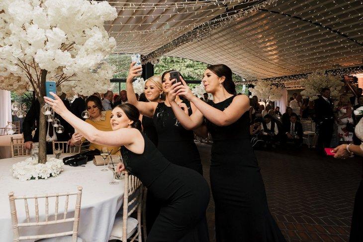 A Chanel Themed Wedding at Delamere Manor (c) Sarah Glynn (56)
