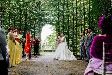 A Stylish Wedding at Alnwick Garden (c) Michal Ufniak (42)