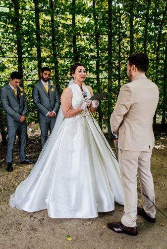 A Stylish Wedding at Alnwick Garden (c) Michal Ufniak (46)