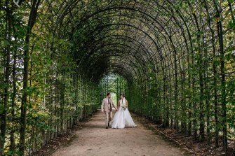 A Stylish Wedding at Alnwick Garden (c) Michal Ufniak (70)