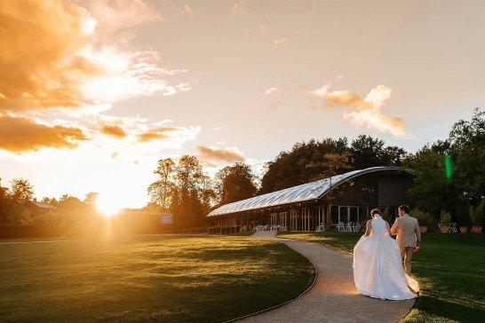 A Stylish Wedding at Alnwick Garden (c) Michal Ufniak (98)