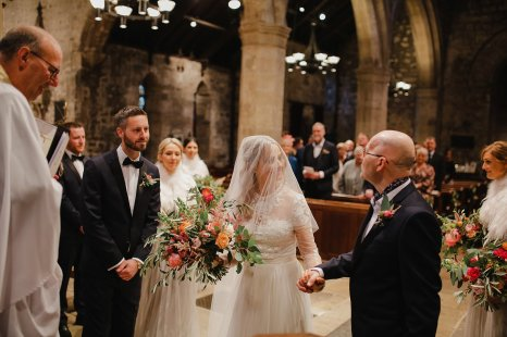 A Boho Luxe Wedding at Healey Barn (c) Helen Russell Photography (10)