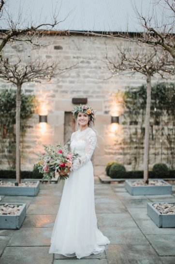 A Boho Luxe Wedding at Healey Barn (c) Helen Russell Photography (40)