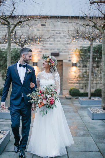 A Boho Luxe Wedding at Healey Barn (c) Helen Russell Photography (42)