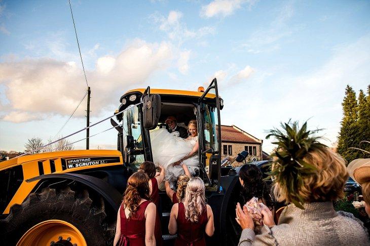 A Chic Winter Wedding at Wharfedale Grange (c) Daz Mack (1)