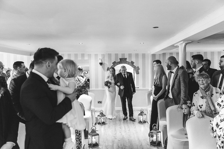 A Country Wedding at The New Hobbitt (c) Hayley Baxter Photography (18)