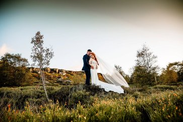 A Country Wedding at The New Hobbitt (c) Hayley Baxter Photography (44)