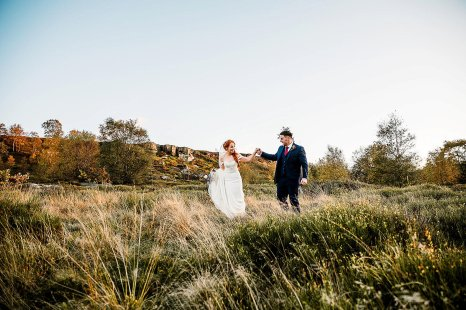A Country Wedding at The New Hobbitt (c) Hayley Baxter Photography (46)