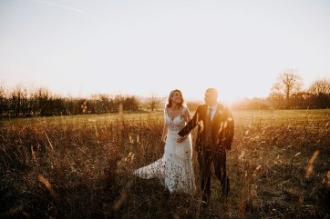 A Winter Wedding at The Millhouse (c) Kazooieloki Photography (59)