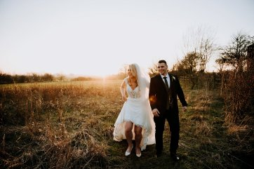 A Winter Wedding at The Millhouse (c) Kazooieloki Photography (62)