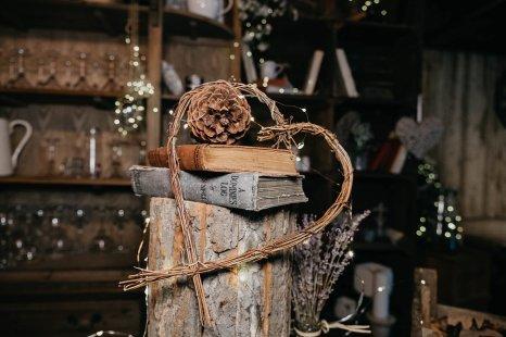 A styled shoot at Alcumlow Wedding Barn (c) Stella Photography (1)