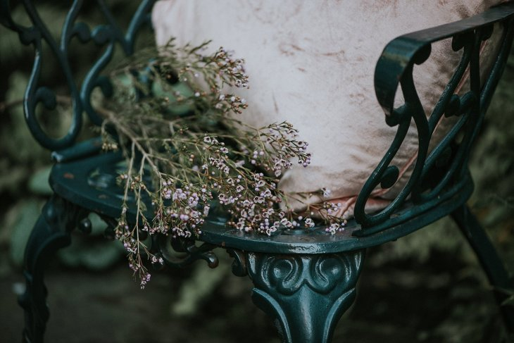 An Alice In Wonderland Styled Shoot at Crook Hall (c) Hannah Joy Photography (9)