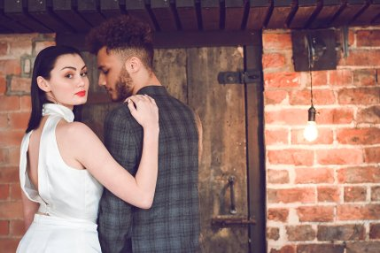 An Industrial Glam Bridal Shoot at Deighton Lodge (c) Littles and Loves Photography (3)