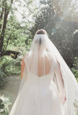Stella York for a Romantic Wedding at Le Petit Chateau (c) Helen Russell Photography (24)