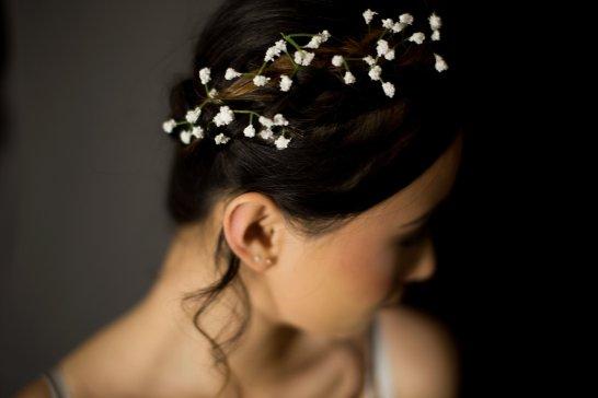 A Contemporary Coastal Bridal Shoot at Marsden Rock (c) Leanne Elizabeth Photography (14)