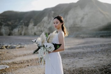 A Contemporary Coastal Bridal Shoot at Marsden Rock (c) Leanne Elizabeth Photography (19)