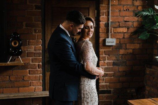 A Cool Styled Bridal Shoot at The Chimney House (c) Folega Photography (52)