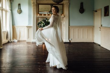 A Fine Art Styled Shoot in Nottinghamshire (c) Ania Oska Photography (13)