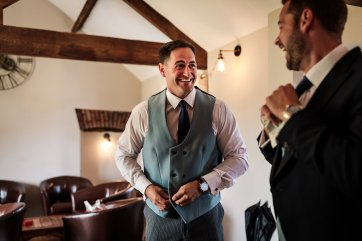 A Rustic Wedding at Sandhole Oak Barn (c) Lee Brown Photography (16)