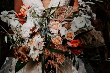 Wild styled bridal shoot (c) The Malyn Edit (10)