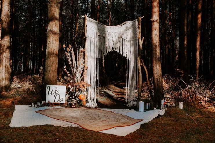 Wild styled bridal shoot (c) The Malyn Edit (12)