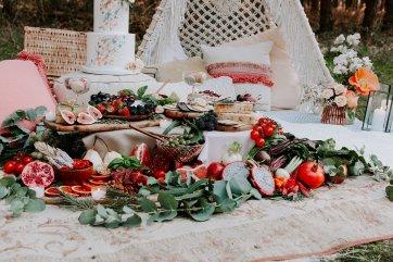 Wild styled bridal shoot (c) The Malyn Edit (28)