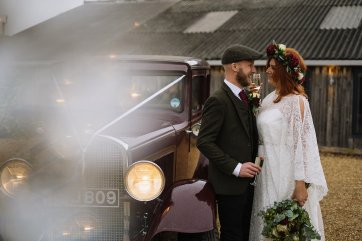 A Rustic Wedding at Owen House Barn (c) Nik Bryant (32)