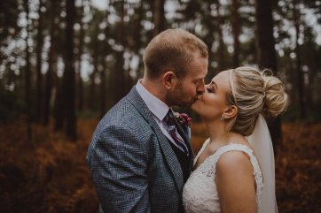 A Spring Wedding at Sandburn Hall (c) Photography34 (30)