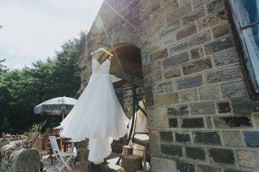A Stylish Wedding in Yorkshire (c) Laura Calderwood Photography (6)