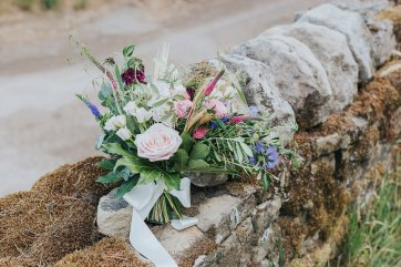 A Stylish Wedding in Yorkshire (c) Laura Calderwood Photography (9)