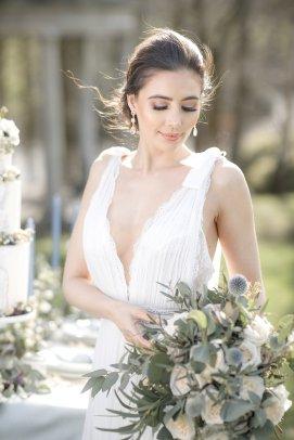 An Elegant Styled Bridal Shoot at Delamere Manor (c) Zehra Jagani (32)
