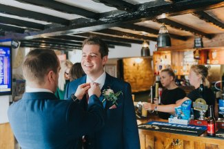 A Chic Wedding at Holdsworth House (c) Laura Calderwood (10)
