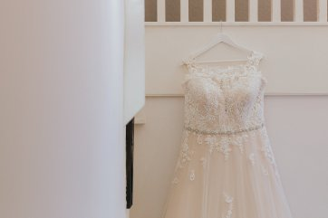A Chic Wedding at Holdsworth House (c) Laura Calderwood (2)