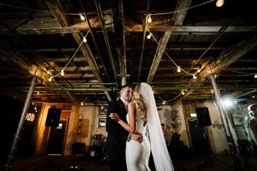 A Fairylit Real Wedding at Holmes Mill (c) Madison Picture (42)