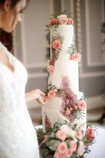 A Romantic Bridal Shoot in Manchester (c) Zehra Jagani (37)