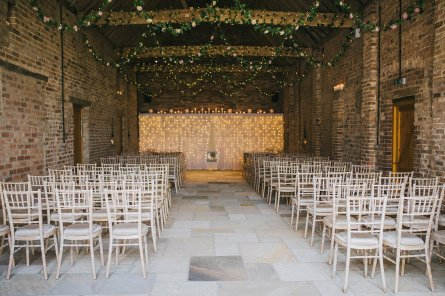 A Rustic Wedding at Barmbyfield Barns (c) Amy Jordison Photography (12)
