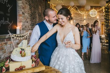A Rustic Wedding at Barmbyfield Barns (c) Amy Jordison Photography (55)
