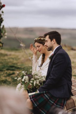 A Rustic Wedding in Scotland (c) Fox & Bear Photography (31)