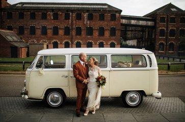 An autumn wedding at The Hepworth Wakefield (c) Matt Sim Photograohy (7)