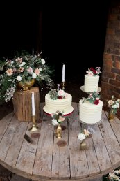 Rustic Wedding Styled Shoot (c) Little Sixpence Photography (38)