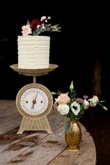Rustic Wedding Styled Shoot (c) Little Sixpence Photography (39)