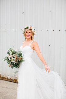 Rustic Wedding Styled Shoot (c) Little Sixpence Photography (46)