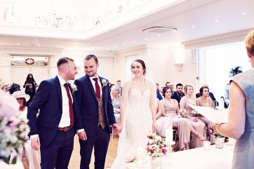 A Pretty Spring Wedding at Ashfield House (c) Teresa C Photography (23)