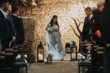 A Rustic Wedding at Doxford Barns (c) Chocolate Chip Photography (21)